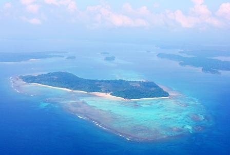 上空から撮影するアンダマン諸島