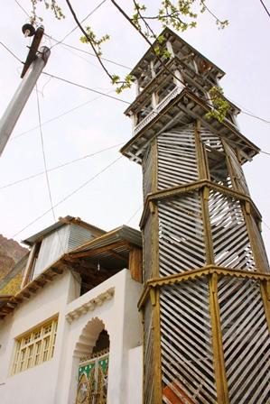 トゥルトゥク村のミナレット