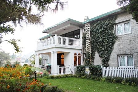 インドのホテル:ウィンダメアホテル外観