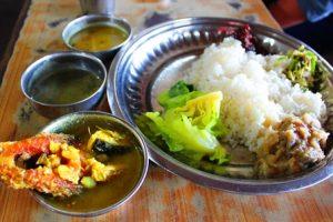 マニプール料理:ドライブイン食事