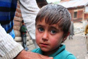 チョルワーン村の子供