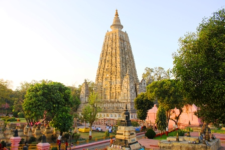 仏教八大聖地:世界遺産マハーボディ寺院